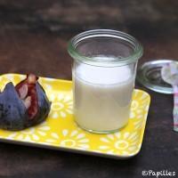 Panacotta au lait d'amandes et figue