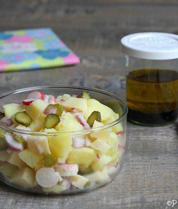 Salade de pommes de terre fromage cornichon et radis