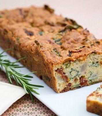 Cake aux tomates confites et artichauts-CP A BEAUVAIS FA HAMEL CENTRE CULINAIRE CONTEMPORAIN CNIEL