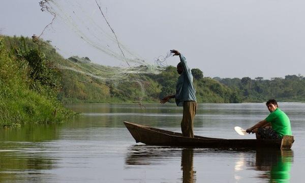 Jeté de filet - Pêche à la perche du Nil