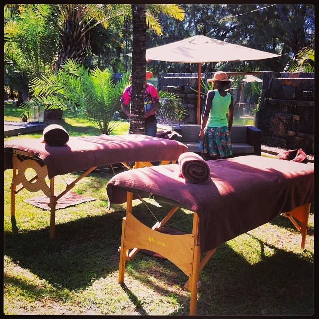 Je vous laisse, j'ai massage avec @monblogdemaman ;)