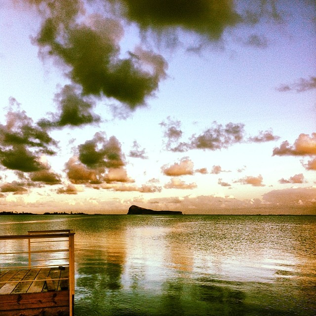 zilwa attitude, île Maurice - lever de soleil