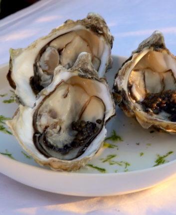 Huîtres au caviar