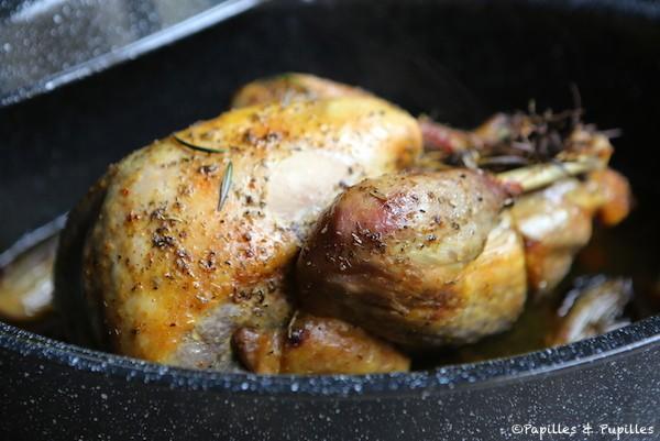 Cuisiner une pintade pintade au four et pommes de terre - Cuisiner un chapon au four ...
