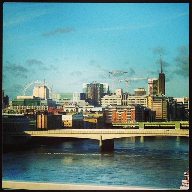 Temps magnifique sur Londres ce matin #pointmeteo