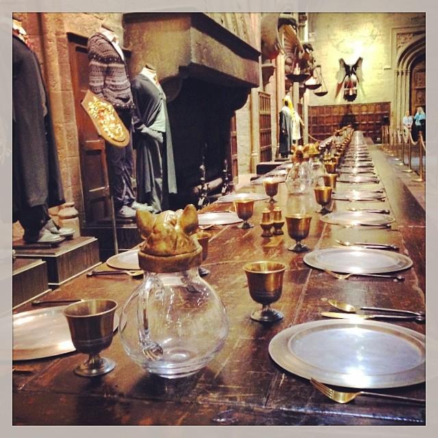 Qui c est qui dine à Poudlard ce soir ? #HarryPoter #hogwarts