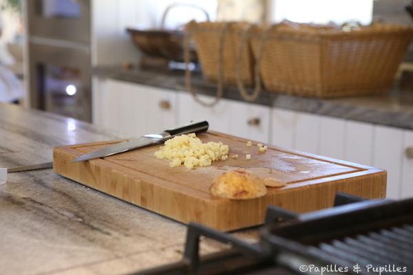 Coupez la pommes de terre en mini cubes
