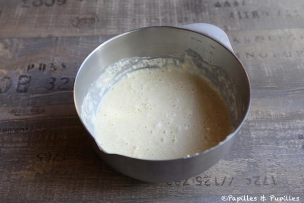 Mélangez ingrédients sec et liquides