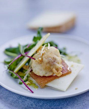 Beignet de fromage pur brebis des Pyrénées et pâte de coings