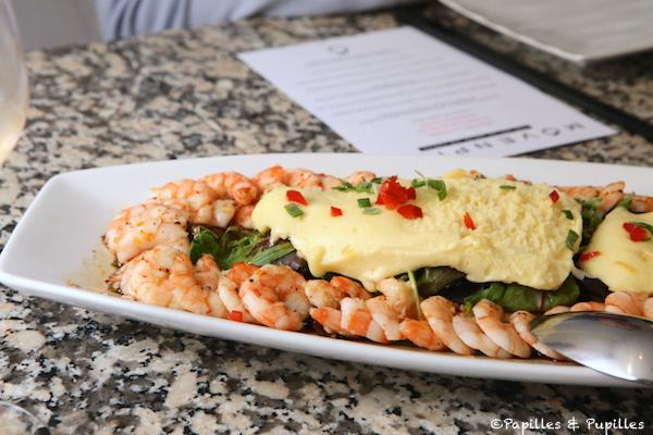 Crevettes pochées et décortiquées aux saveurs insolites et sorbet fruit de la passion et mangues