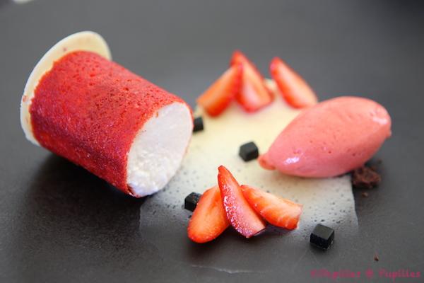 Dessert => Fraises, réglisses et amandes fraiches