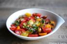 Salade de tomates cerises et graines de courge