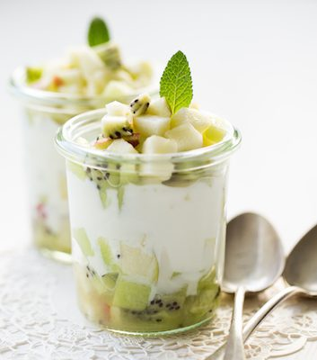 Tartare de fruits frais au yaourt CP A BEAUVAIS F HAMEL CERCLE CULINAIRE CONTEMPORAIN CNIEL