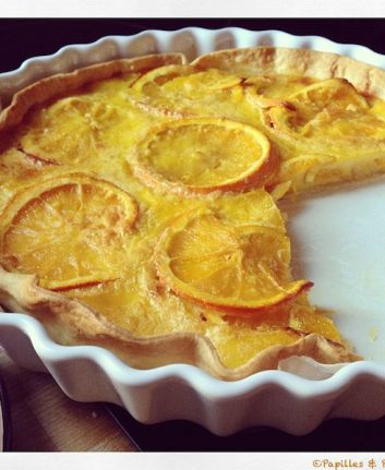 Tarte à l'orange entamée