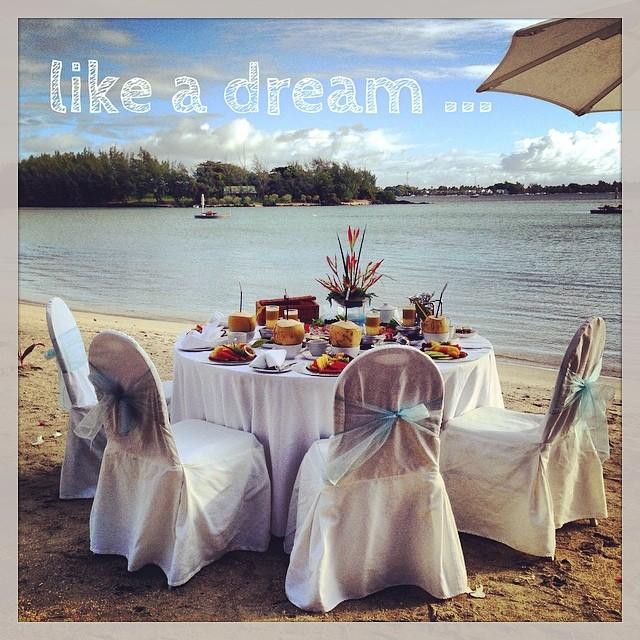 Breakfast time - Ile Maurice