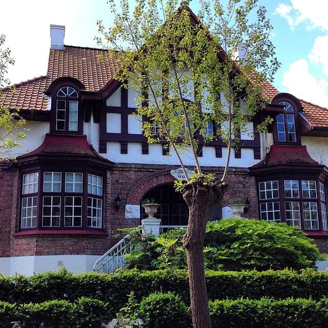 Les maisons anglo normandes de la côte belge - ici Le Coq