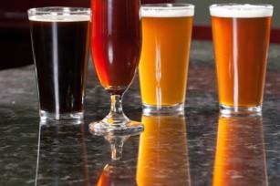 Bières colorées ©Glenn R. Specht-grs photo - Shutterstock