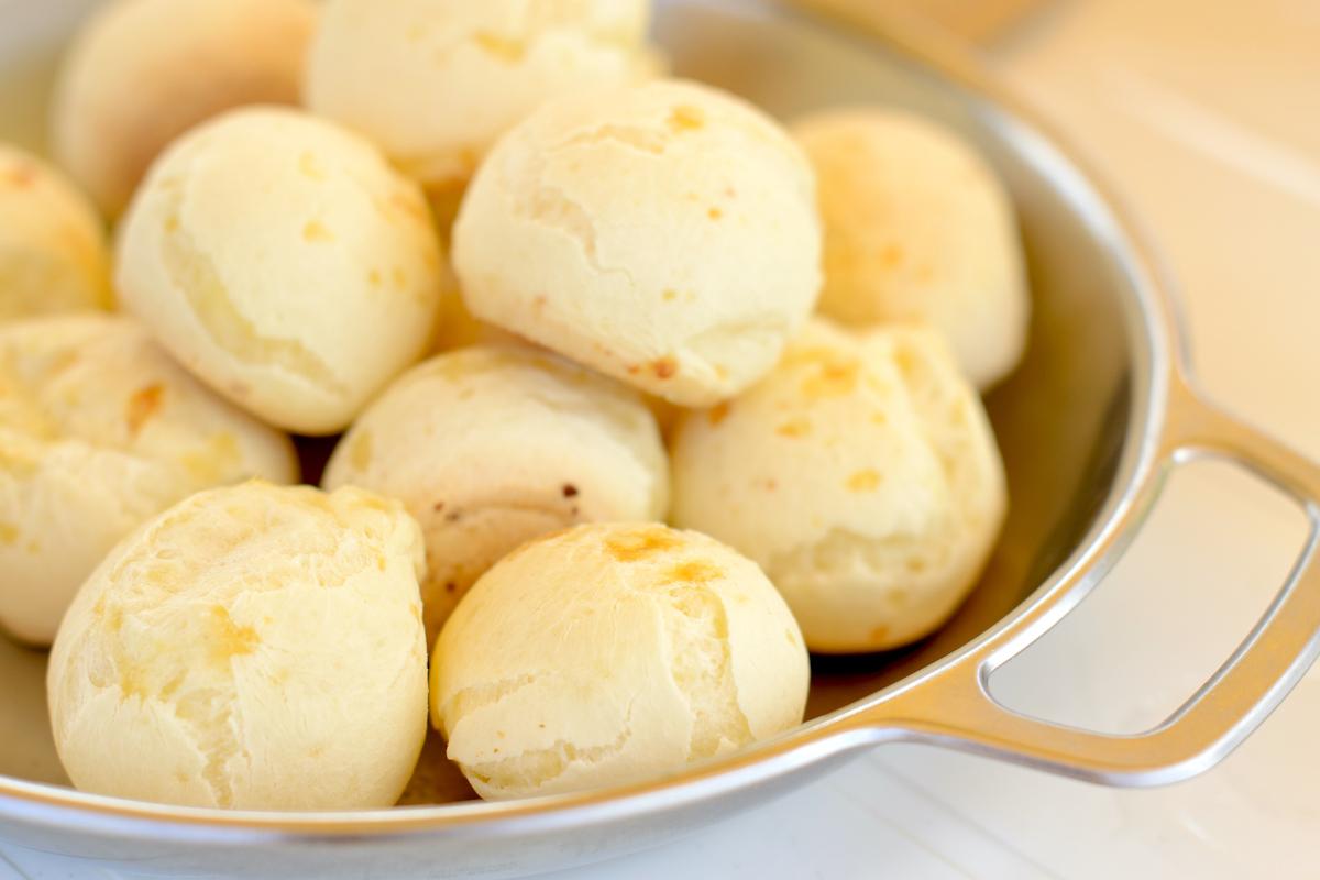 Pão de queijo ©Paul_Brighton-Shutterstock