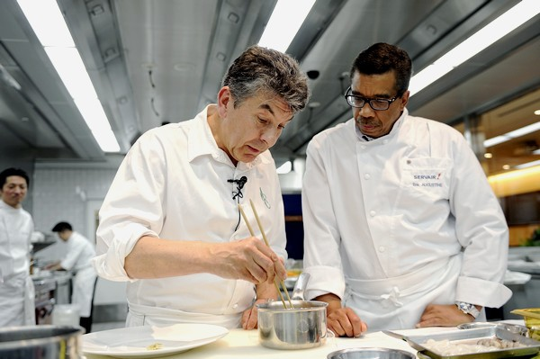 Régis Marcon et Eric Augustine au French Food and Culture Center (FFCC) de Tokyo