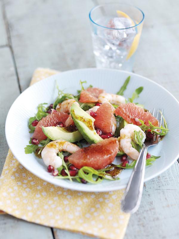 Salade d avocat pamplemousses roses grenades et crevettes for Entree froide facile pour paques