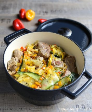 Sauté de veau aux tagliatelles de courgettes jaunes et vertes et poivrons multicolores