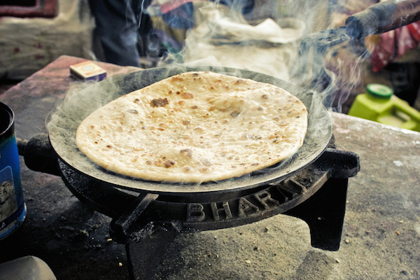 Chapatis traditionnels © Anna Vesna - Shutterstock
