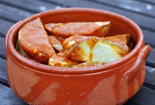 Patatas bravas ©formalfallacy @ Dublin (Victor) CC BY-NC-SA 2.0