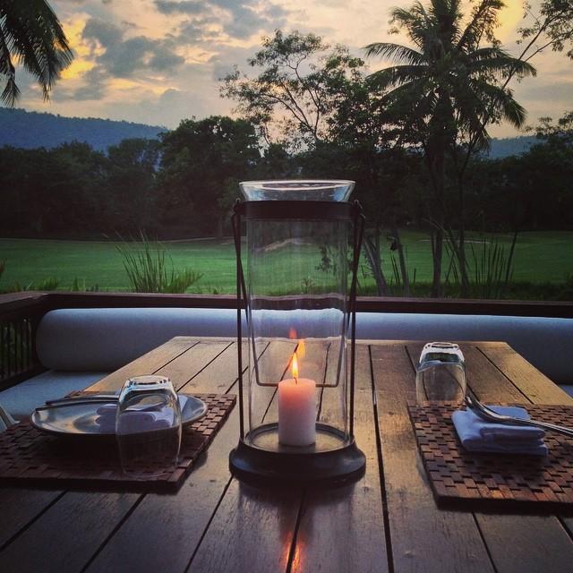 L heure du dîner - 17h30 en Thaïlande