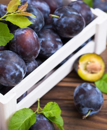 Prunes © pilipphoto shutterstock