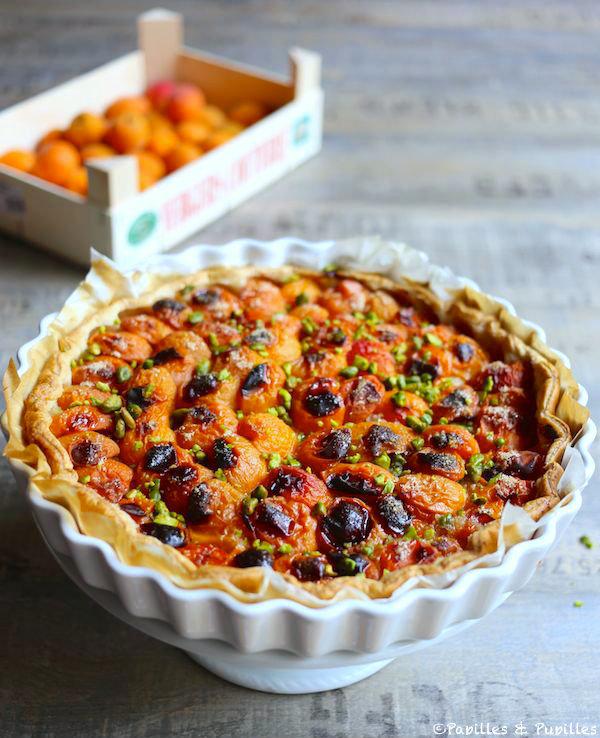 - Tarte aux abricots et aux éclats de pistaches -