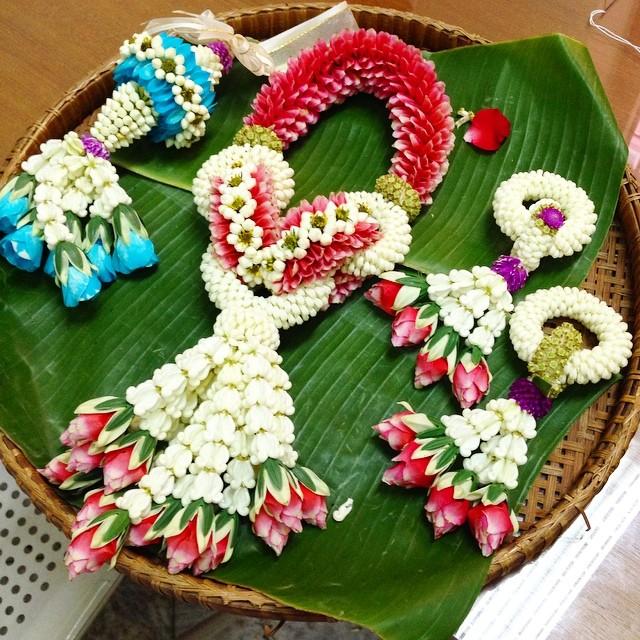 l art floral du palais royal - Thaïlande - juste incroyable de patience, de concentration et de précision