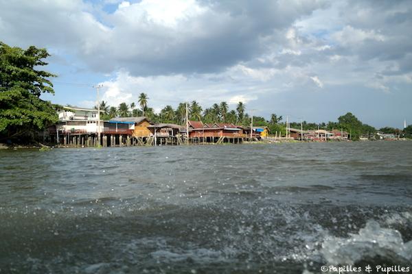Promenade en bateau sur le Mae Klong