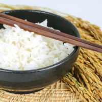 Bol de riz (c) taweesak thiprod shutterstock