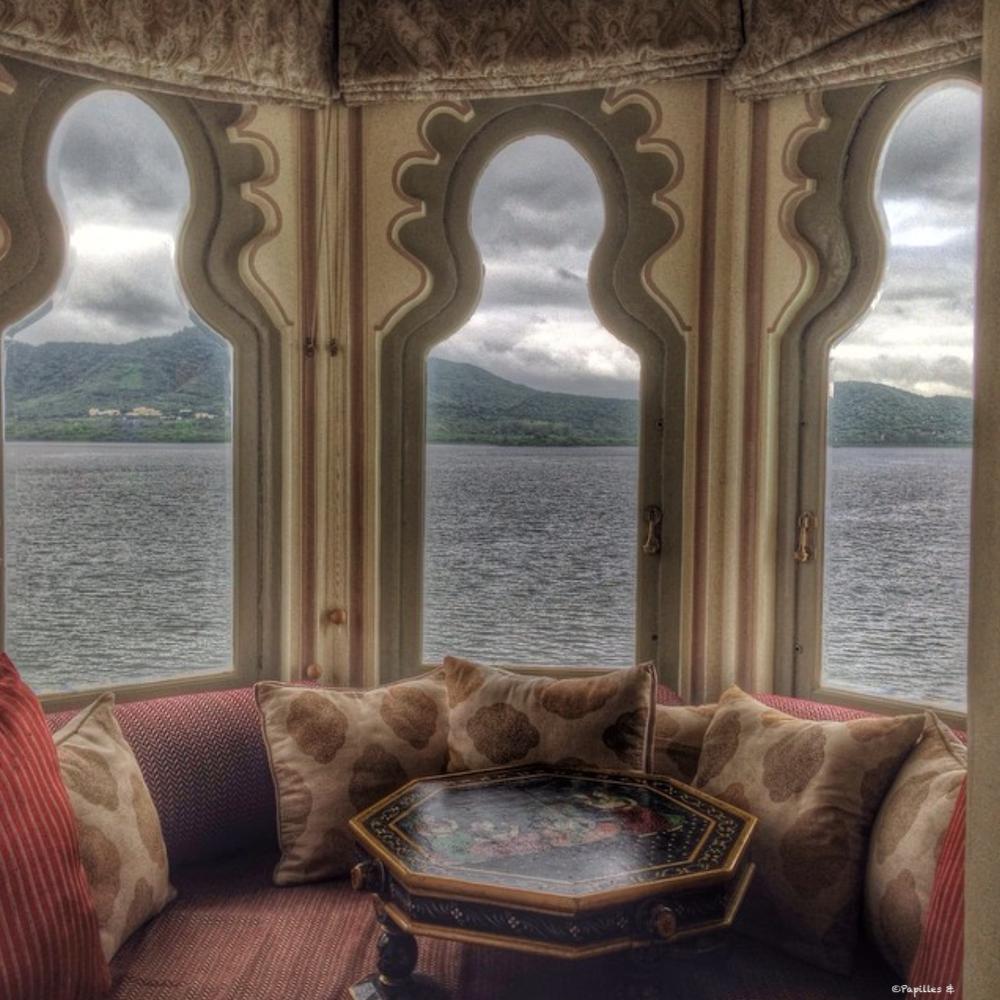 Taj Lake Chambre