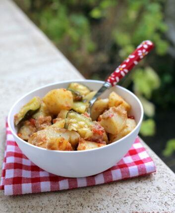 Gratin de pommes de terre courgettes et tomates