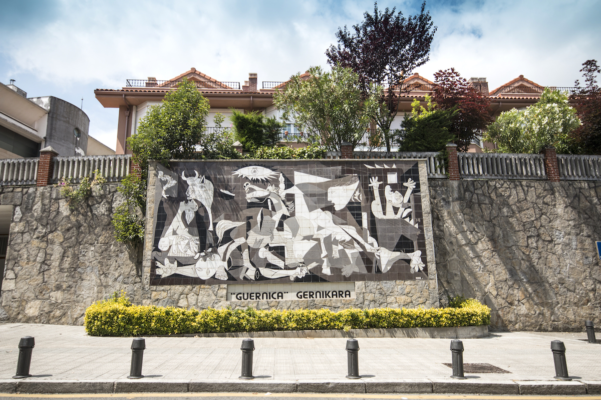 Guernica - Copy of the painting called 'Guernica' of the famous spanish painter Pablo Picasso in the Guernica city ©Kaleidoscopio shutterstock