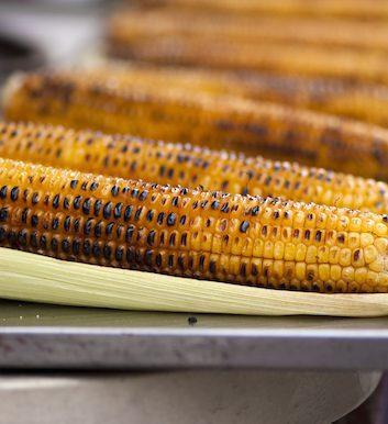 Maïs grillé BBQ ©Cartela shutterstock
