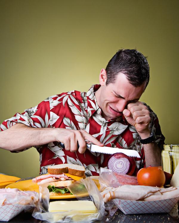 Oignons le b a ba - Comment couper un oignon sans pleurer ...