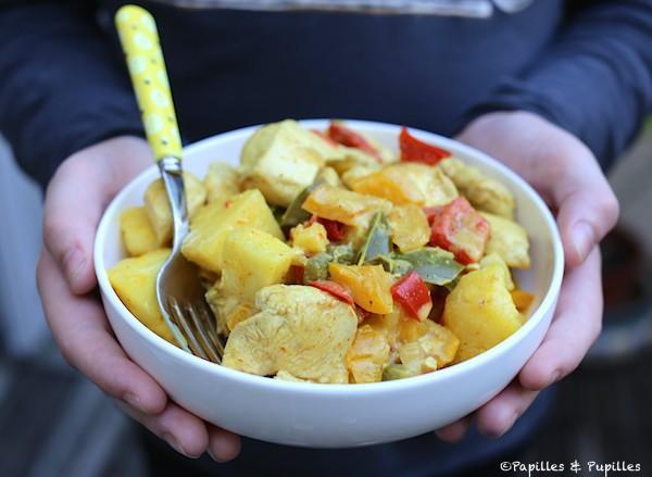 Poulet à l'ananas, curry et coco
