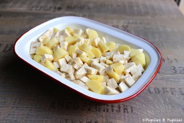 Mettre les dés de pommes de terre et céleri dans le plat