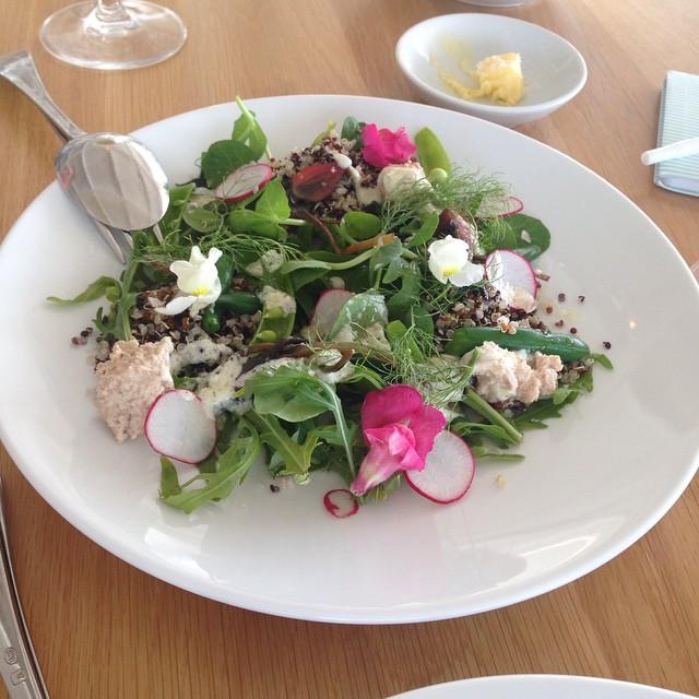 Délicieuse salade à Wharf Rd Restaurant
