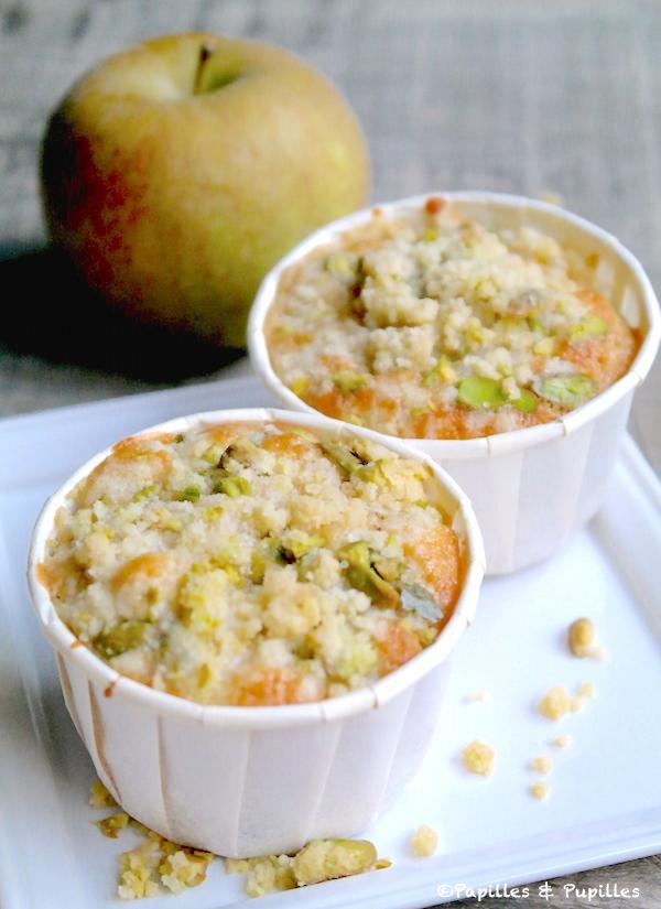 Muffins pommes airelles et son crumble pistaches