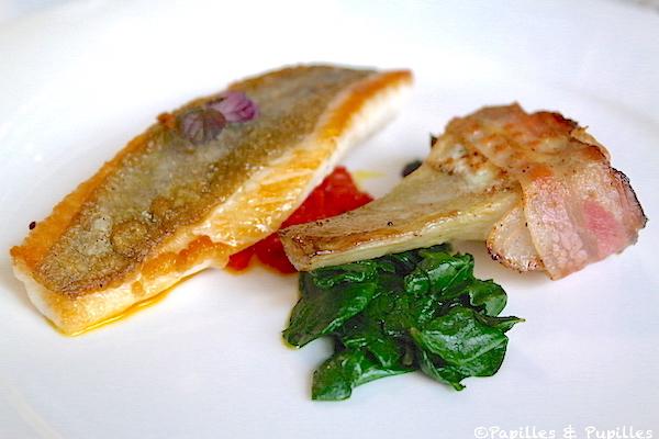 Filet de Saint Pierre, artichaut violet au Brocciu et Panzetta, pousses d'épinards et huile de curry aux piquillos