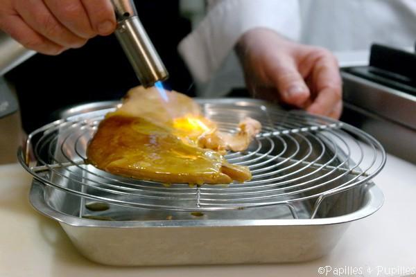 Foie gras coloré au chalumeau
