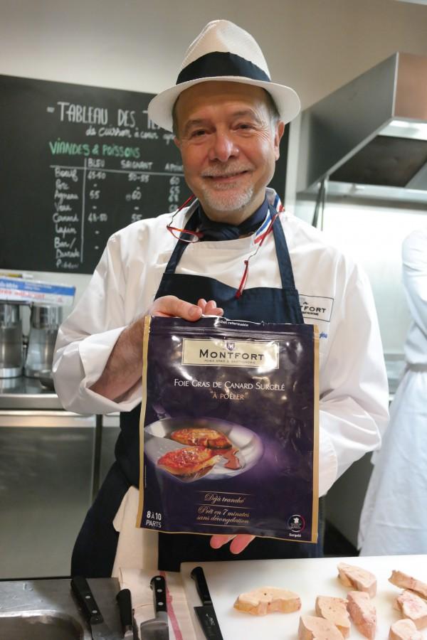 JeanLuc Danjou présentant le foie gras surgelé