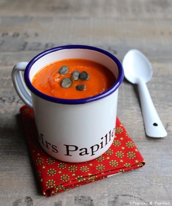 Soupe de poivrons rouges, patate douce et butternut