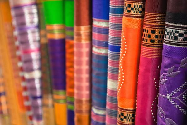 Tissus Marrakech © Lukasz Janyst shutterstock