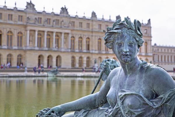 Versailles (c) lapas77 shutterstock