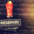 Restaurant - Dishcrawl ©Namphon2U shutterstock