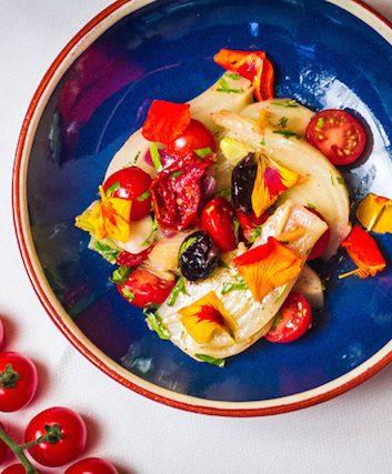 Salade de fenouil, tomates fraîches et confites